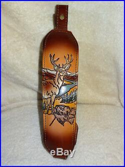 NOS Vintage AA&E LeatherCraft Deer Scene Rifle/Shotgun Sling Gun Strap Padded